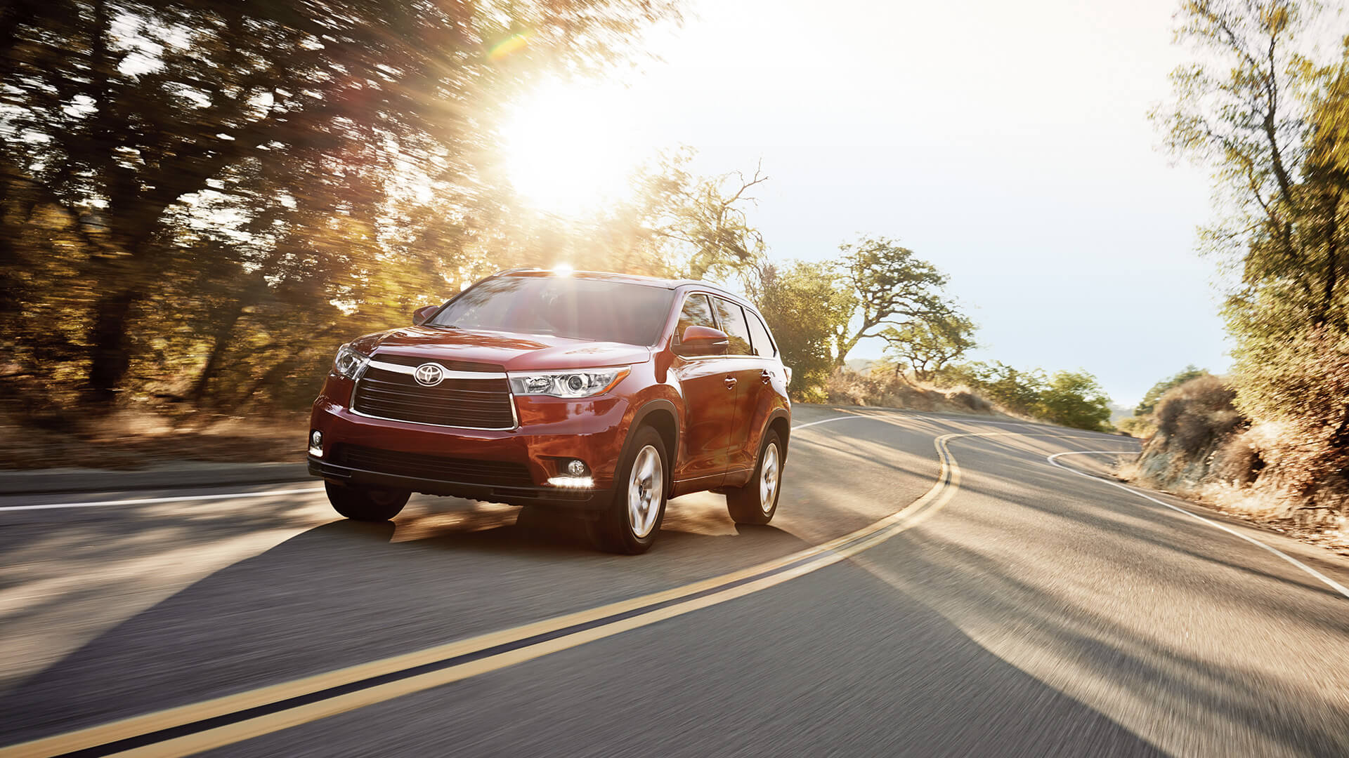 2016 Toyota Highlander red exterior
