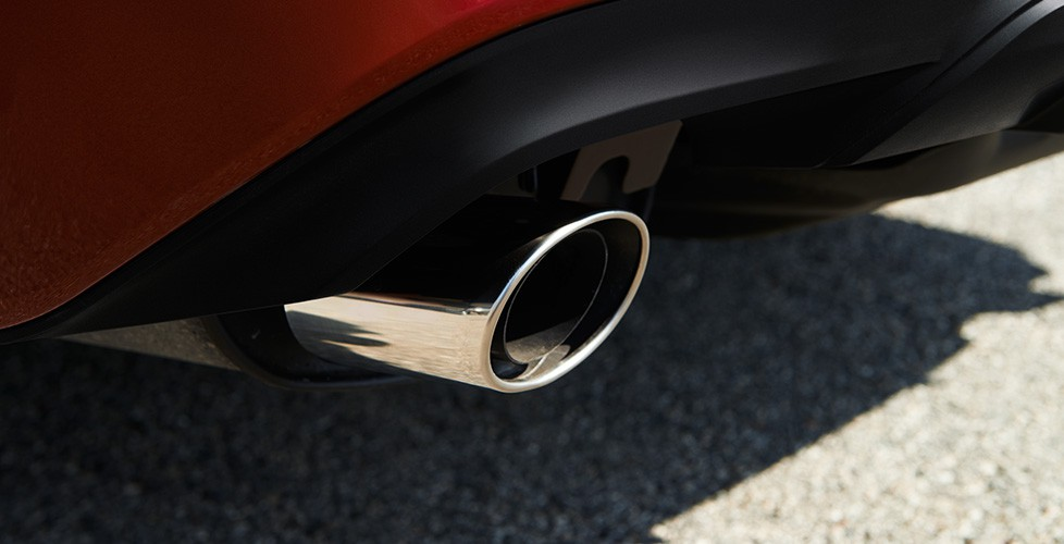 Dual Chrome-Tipped Exhaust