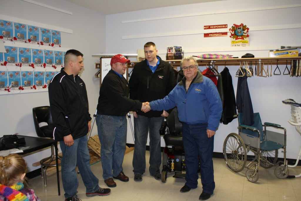 Sid Dillon Lincoln Ne >> Sid Dillon Lincoln Donates Jazzy Power Chair To Vfw 3606 In
