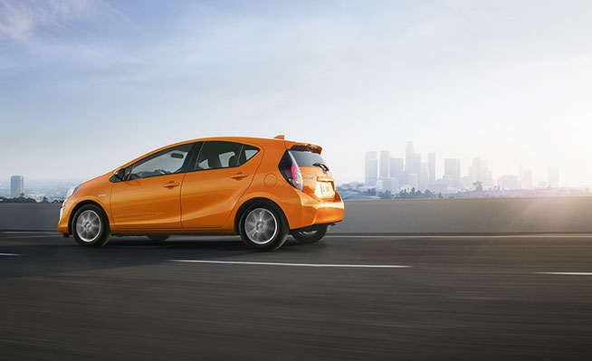 2016_PriusC-RESIZED