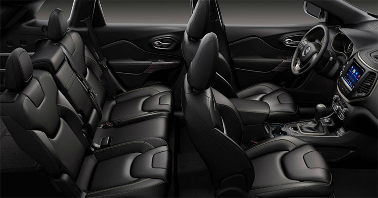 2017 Jeep Cherokee Interior in Plainfield, IN
