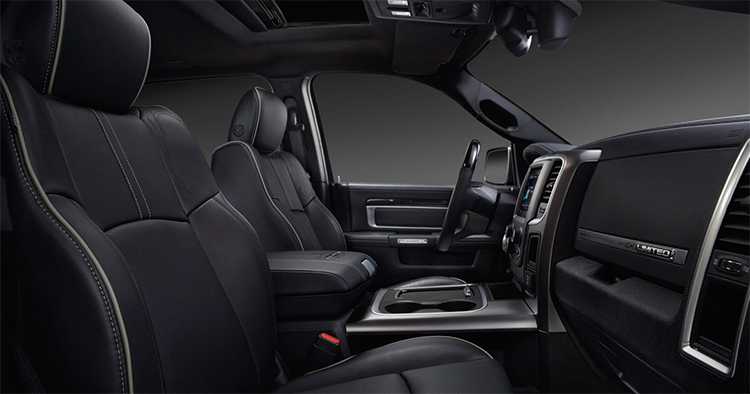 2017 Ram 2500 Interior in Plainfield, IN
